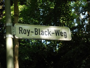 """Roy-Black-Weg"""